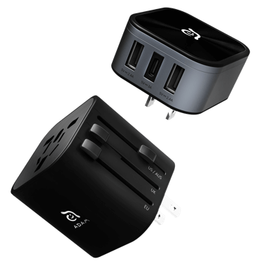 OMNIA T3 Universal travel adapter with USB-C and USB-A charging ports